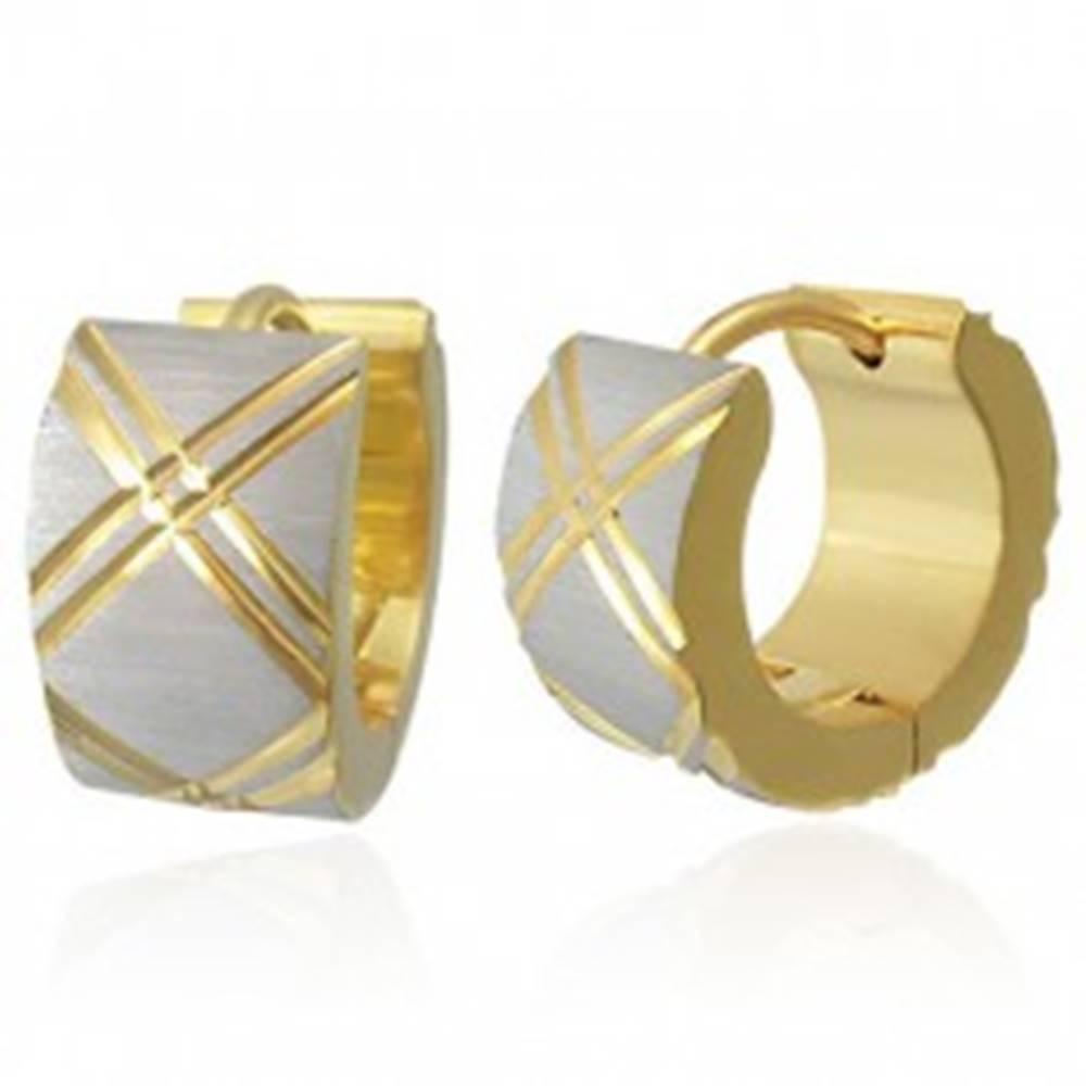 Šperky eshop Náušnice z ocele, saténový povrch striebornej farby, šikmé ryhovanie