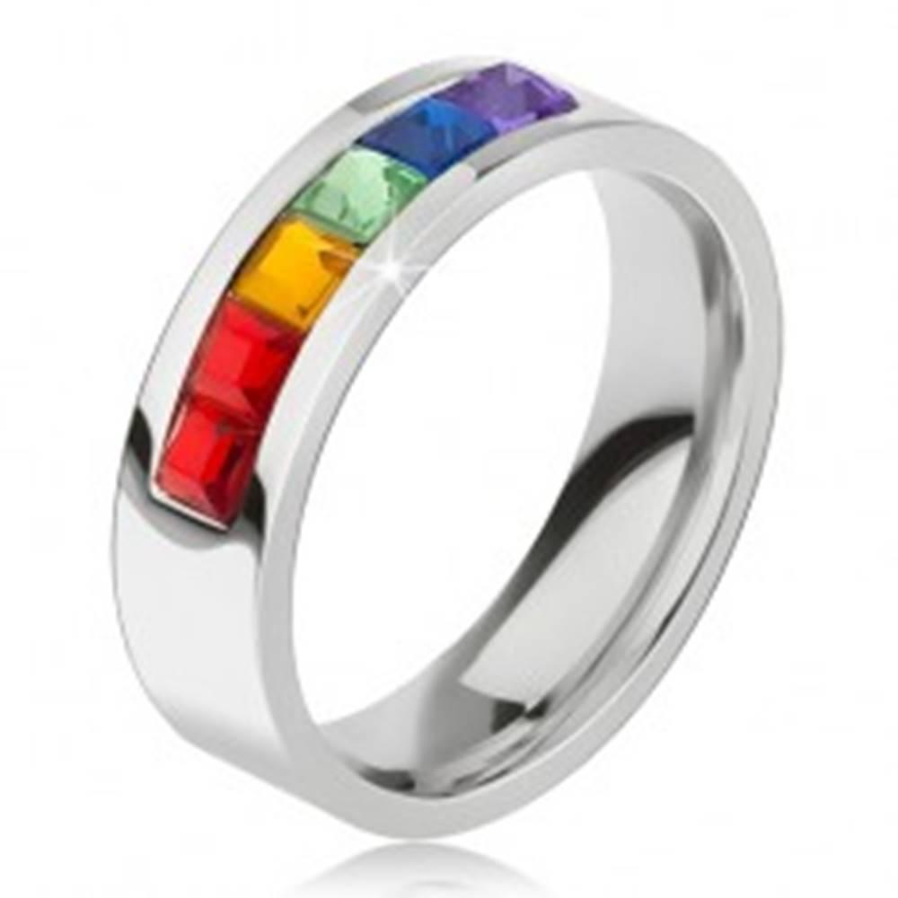 Šperky eshop Prsteň z chirurgickej ocele, pás z farebných štvorcových kamienkov - Veľkosť: 49 mm