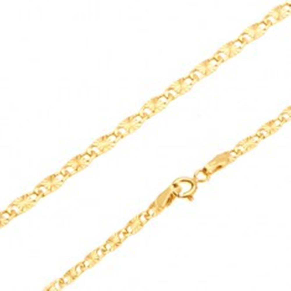 Šperky eshop Retiazka v žltom 14K zlate - ploché podlhovasté články, lúčovité ryhy, 550 mm