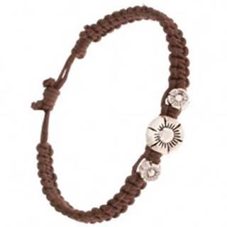 Pletený náramok z gaštanovohnedých šnúrok, tri patinované kvety