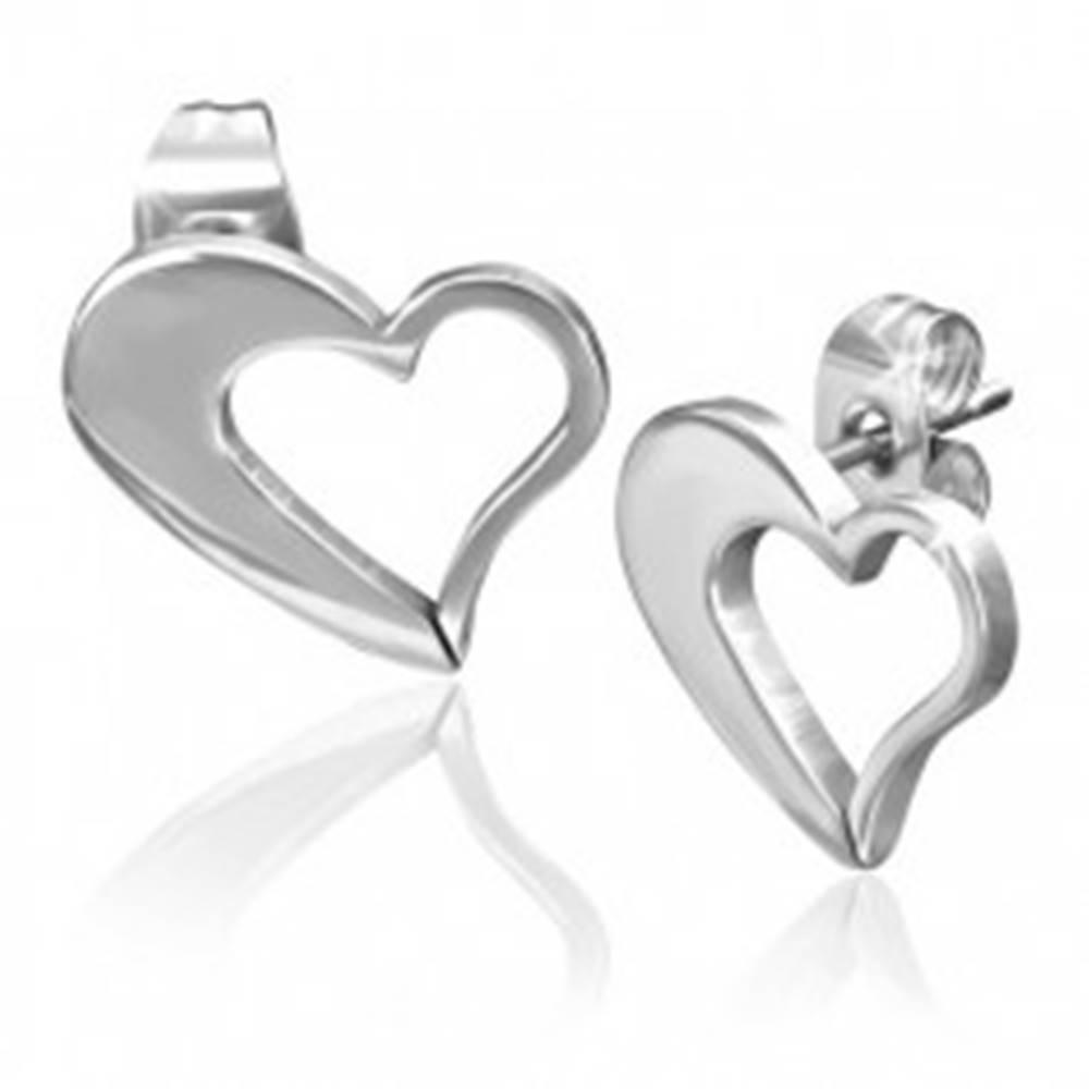 Šperky eshop Náušnice z chirurgickej ocele - nepravidelný obrys srdca striebornej farby