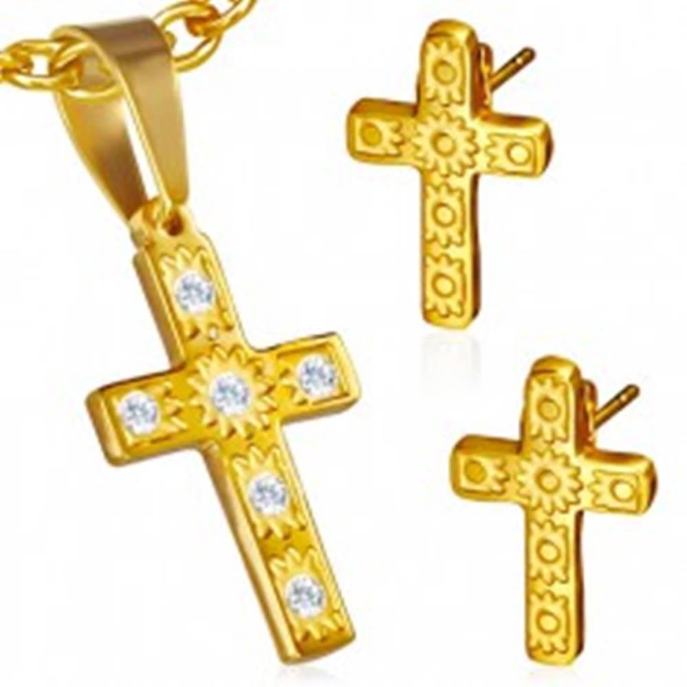 Šperky eshop Oceľová sada zlatej farby - prívesok a náušnice, kríž, číre kamienky