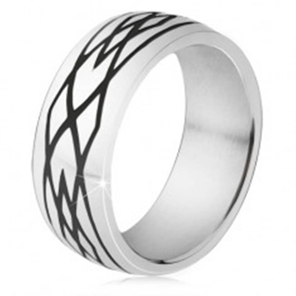 Šperky eshop Oceľový prsteň, čierne zárezy, vzor z elíps a kosoštvorcov - Veľkosť: 54 mm