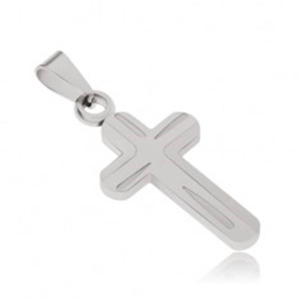 Šperky eshop Prívesok z chirurgickej ocele, gravírovaný kríž striebornej farby