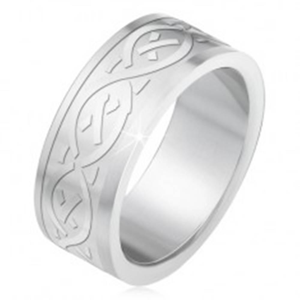 Šperky eshop Oceľový prsteň, matný gravírovaný pás s keltským motívom - Veľkosť: 55 mm
