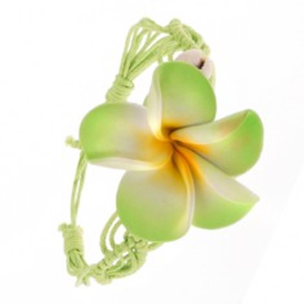 Šperky eshop Svetlozelený pletený šnúrkový náramok s kvetom, dve lastúry