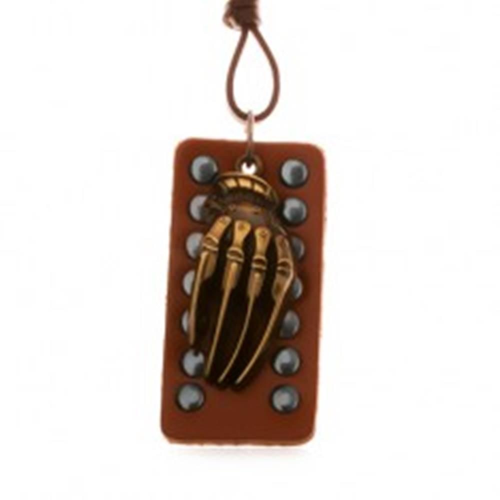 Šperky eshop Hnedý náhrdelník zo syntetickej kože, vybíjaná známka, ruka kostry