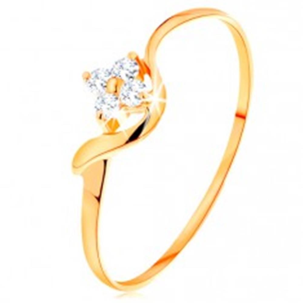 Šperky eshop Prsteň zo žltého 14K zlata - číry zirkónový kvietok, zvlnené rameno - Veľkosť: 49 mm