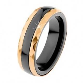Keramický prsteň čiernej farby, brúsené oceľové pásy v zlatom odtieni - Veľkosť: 51 mm
