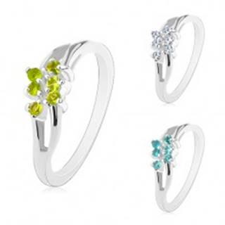 Ligotavý prsteň s rozdelenými zvlnenými ramenami, okrúhle zirkóniky - Veľkosť: 50 mm, Farba: Číra