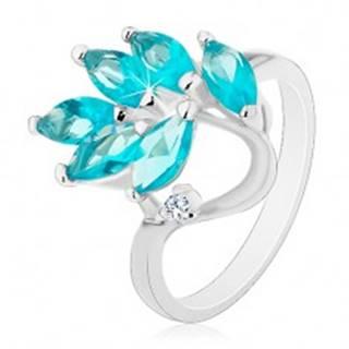 Prsteň v striebornej farbe, vetvička so zirkónovými lístkami akvamarínovej farby - Veľkosť: 49 mm