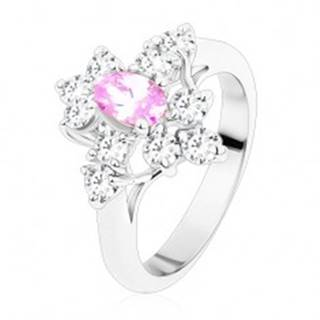 Prsteň s oválnym zirkónom vo svetlofialovej farbe, zúžené ramená, číre zirkóny - Veľkosť: 54 mm