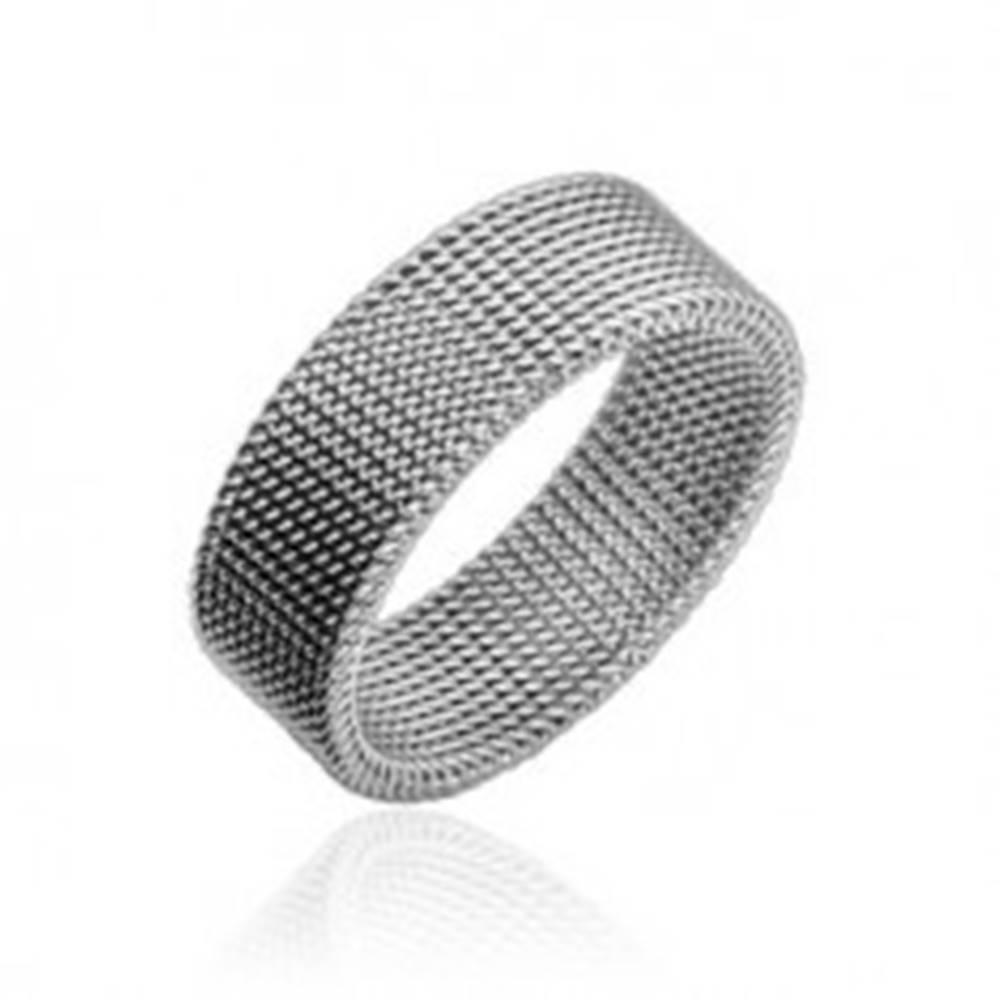 Oceľový prsteň striebornej ...