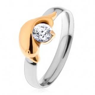 Oceľový prsteň striebornej a zlatej farby, delfín a trblietavý číry zirkón - Veľkosť: 49 mm