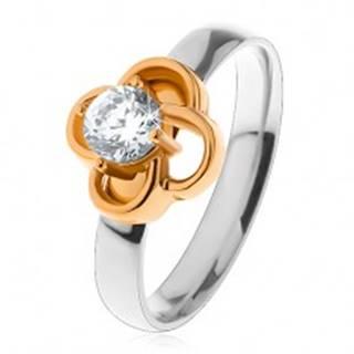 Oceľový prsteň v striebornom odtieni, kvietok zlatej farby s čírym zirkónom - Veľkosť: 49 mm