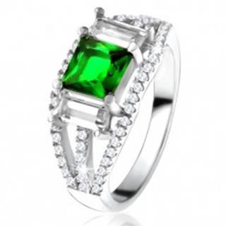 Prsteň zo striebra 925, štvorcový zelený zirkón, číre obdĺžnikové kamienky - Veľkosť: 49 mm