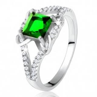 Prsteň zo striebra 925, štvorcový zelený zirkón, rozdvojené ramená, X - Veľkosť: 49 mm