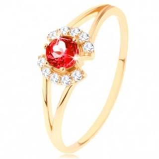 Prsteň zo žltého 9K zlata - okrúhly červený granát medzi čírymi oblúčikmi - Veľkosť: 49 mm
