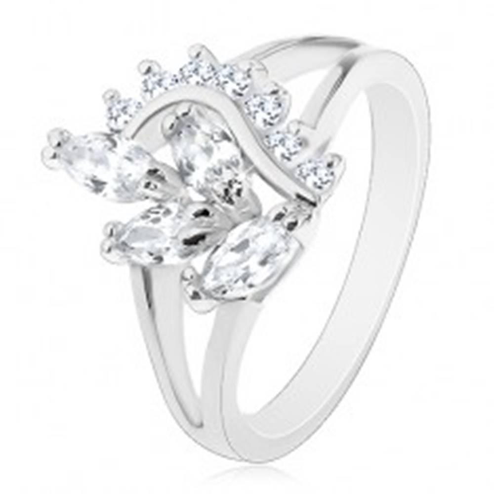 Šperky eshop Prsteň s lesklými rozdelenými ramenami, číra zirkónová vetvička a vlnka - Veľkosť: 56 mm
