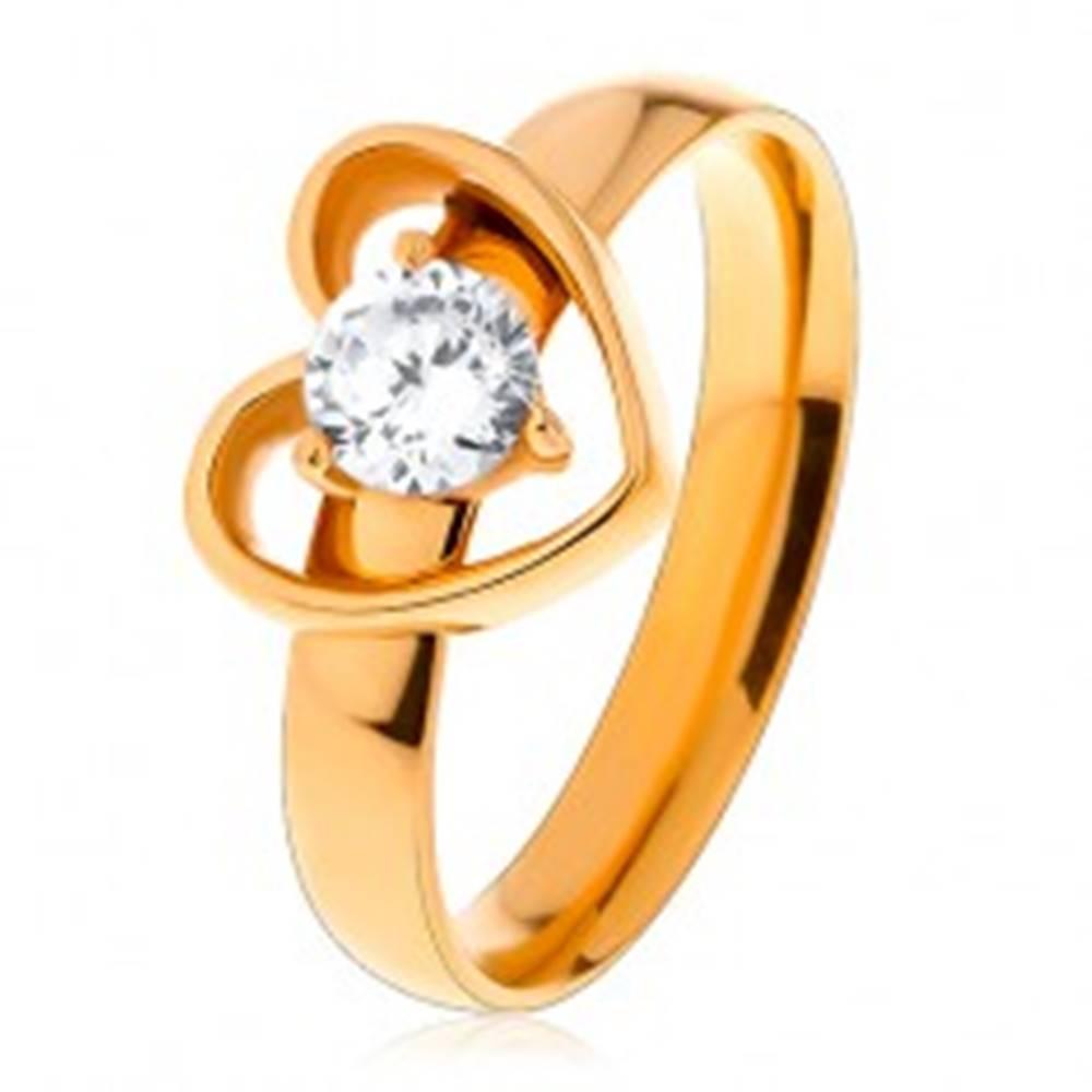 Šperky eshop Prsteň z chirurgickej ocele zlatej farby, kontúra srdiečka s čírym zirkónom - Veľkosť: 49 mm