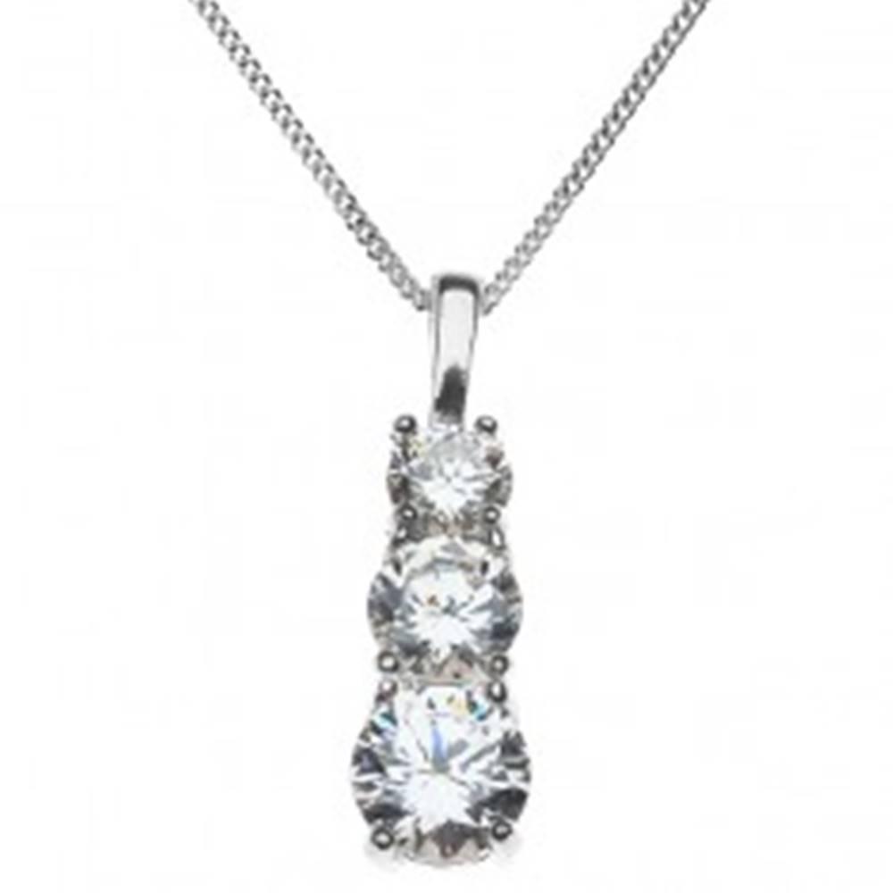 Šperky eshop Strieborný náhrdelník 925 - tri zirkóny v zloženej objímke