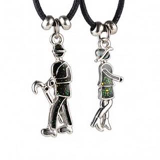 Dvojdielny náhrdelník - dáma a pán s dáždnikom