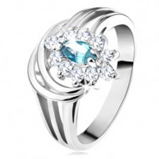 Lesklý prsteň s rozvetvenými ramenami, svetlomodré zirkónové zrnko, oblúčiky - Veľkosť: 48 mm
