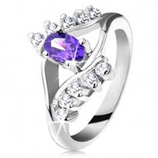 Lesklý prsteň v striebornom odtieni s fialovým oválnym zirkónom, číra línia - Veľkosť: 49 mm