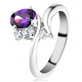 Prsteň v striebornom odtieni, úzke zahnuté ramená, fialový brúsený ovál - Veľkosť: 49 mm