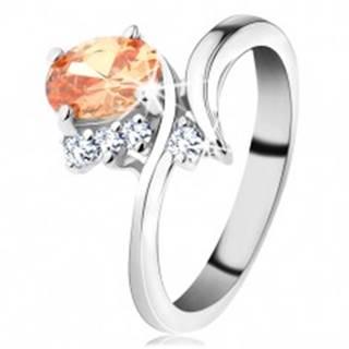Trblietavý prsteň v striebornom odtieni, oválny zirkón v oranžovej farbe - Veľkosť: 50 mm