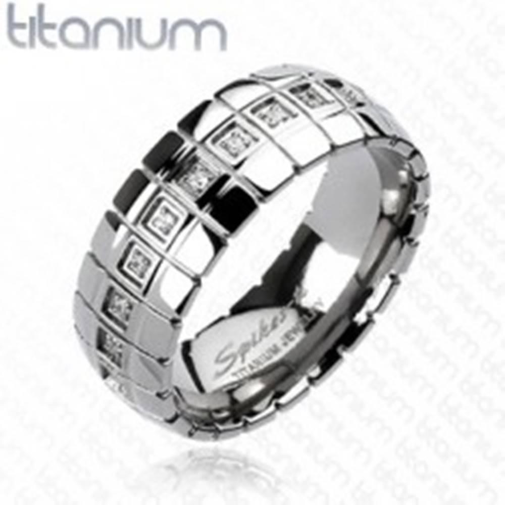 Šperky eshop Titánový prsteň - zirkónový pás, vertikálne linky - Veľkosť: 59 mm