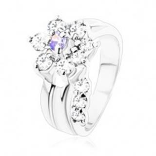 Ligotavý prsteň, ohnutá stonka, zirkónový kvet vo svetlofialovej a čírej farbe - Veľkosť: 49 mm