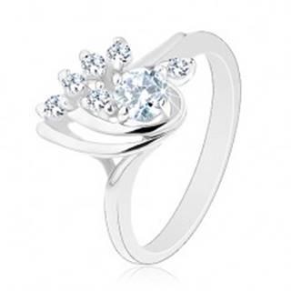 Trblietavý prsteň so zahnutými ramenami a s čírymi zirkónmi, lesklé oblúčiky - Veľkosť: 49 mm