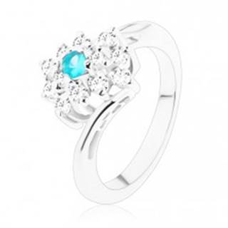 Trblietavý prsteň v striebornom odtieni, obdĺžnik v čírej a svetlomodrej farbe - Veľkosť: 51 mm