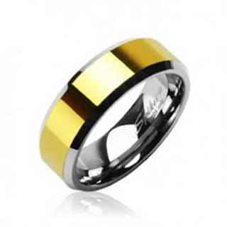 Wolfrámový prsteň so skosenými hranami a stredovým pásom v zlatej farbe, 8 mm - Veľkosť: 49 mm