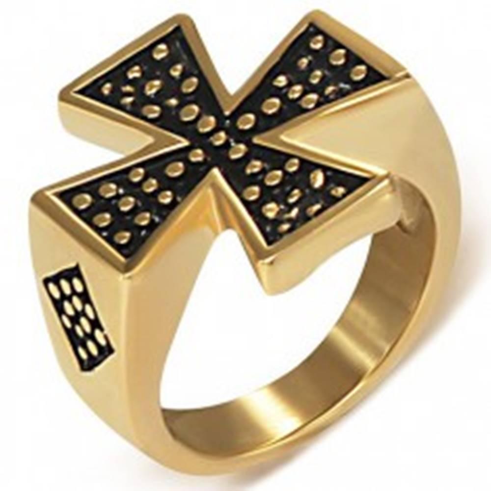 Šperky eshop Pečatný prsteň z ocele zlatej farby - Maltézsky kríž - Veľkosť: 51 mm