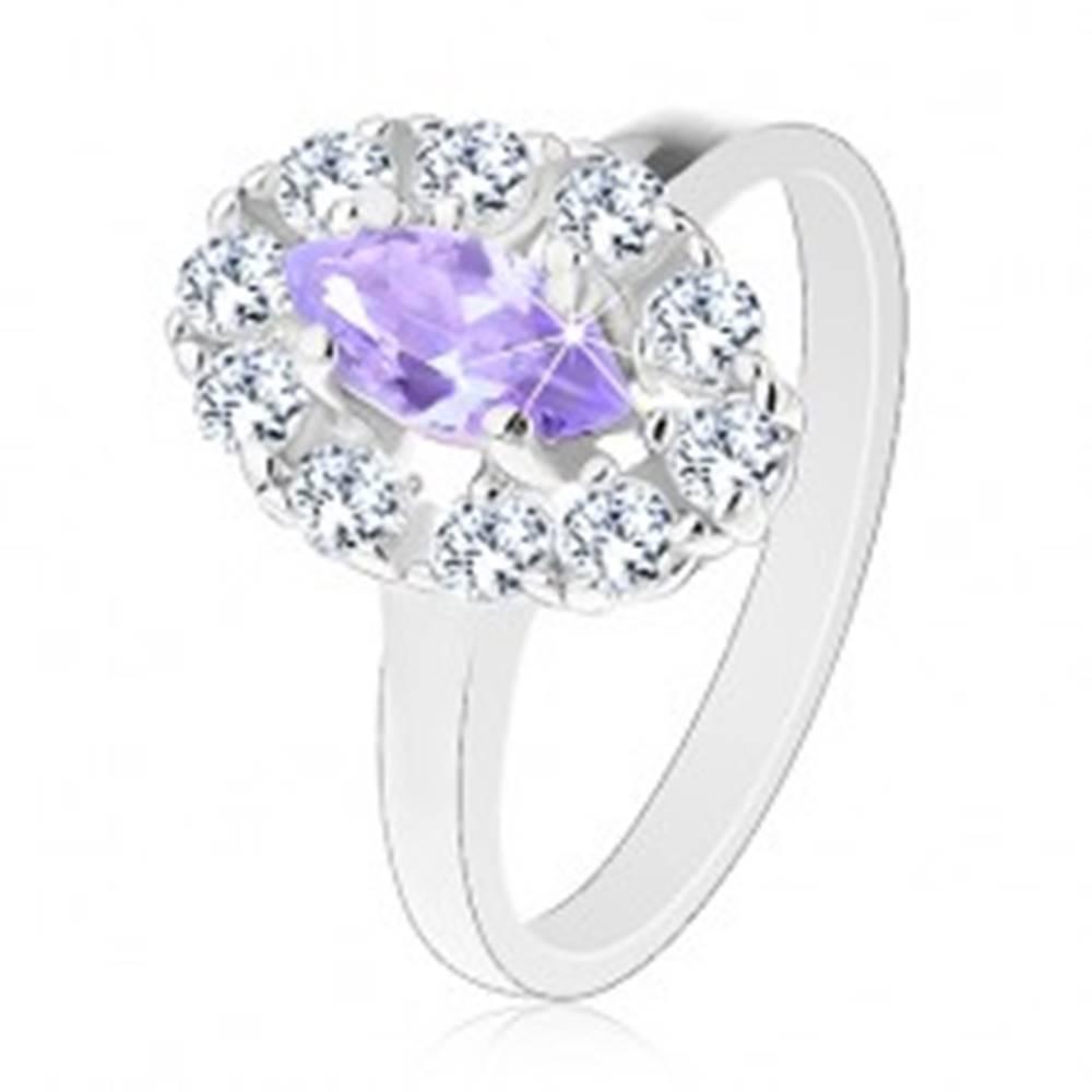 Šperky eshop Prsteň v striebornom odtieni, svetlofialové zrnko s čírou zirkónovou obrubou - Veľkosť: 53 mm