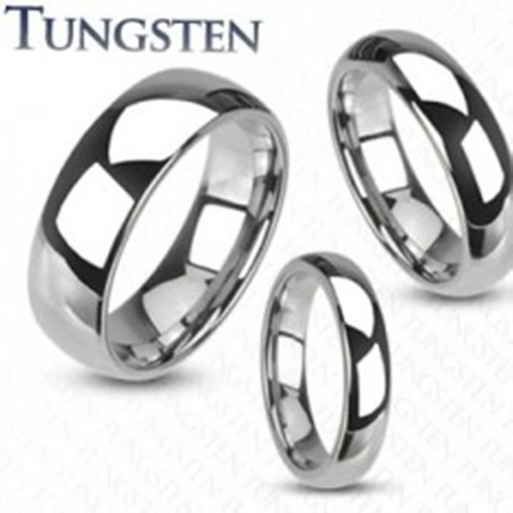 Šperky eshop Wolfrámový prsteň - hladká lesklá obrúčka striebornej farby, 4 mm - Veľkosť: 49 mm