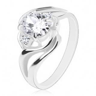 Ligotavý prsteň, rozdelené zvlnené ramená, veľký oválny zirkón čírej farby - Veľkosť: 57 mm