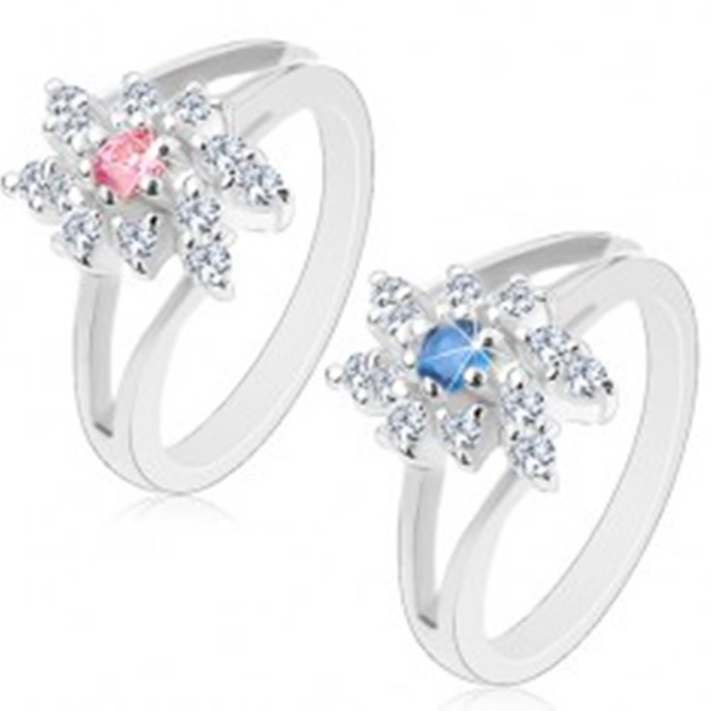 Šperky eshop Ligotavý prsteň so zahnutými rozdvojenými ramenami, brúsené okrúhle zirkóny - Veľkosť: 48 mm, Farba: Modrá
