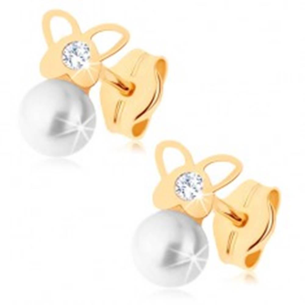 Šperky eshop Náušnice v žltom 9K zlate - lesklý motýlik, číry zirkón, perlička bielej farby
