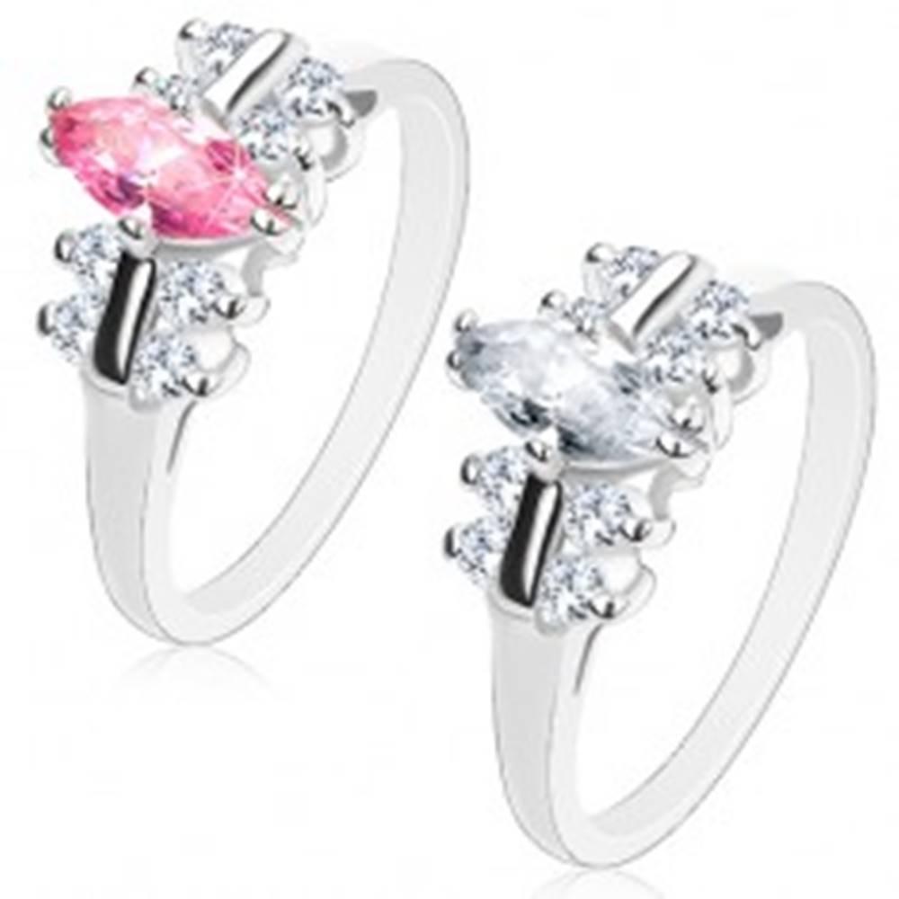 Šperky eshop Prsteň s hladkými ramenami, zirkónové zrno, lesklé pásiky s čírym lemovaním - Veľkosť: 51 mm, Farba: Číra