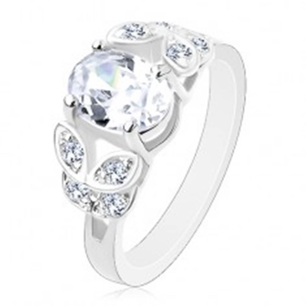 Šperky eshop Prsteň v striebornej farbe, rozdelené ramená so zirkónovými lístkami, číry ovál - Veľkosť: 52 mm