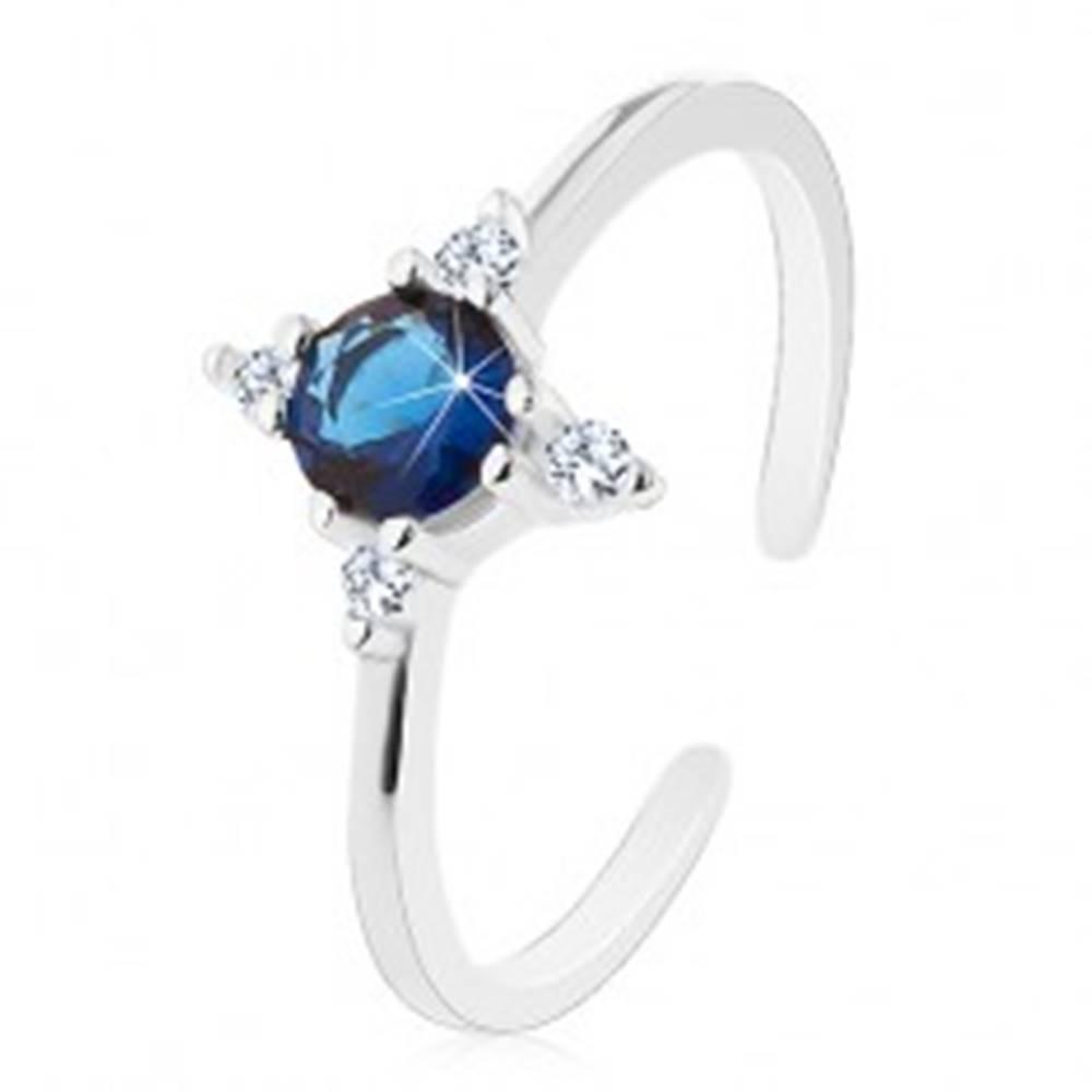 Šperky eshop Strieborný prsteň 925, úzke rozdelené ramená, tmavomodrý zirkón, číre zirkóniky - Veľkosť: 51 mm