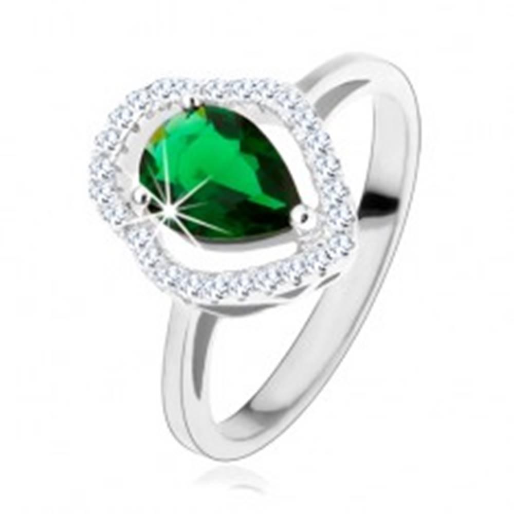 Šperky eshop Strieborný prsteň 925, zelená zirkónová kvapka, číry ligotavý obrys - Veľkosť: 49 mm