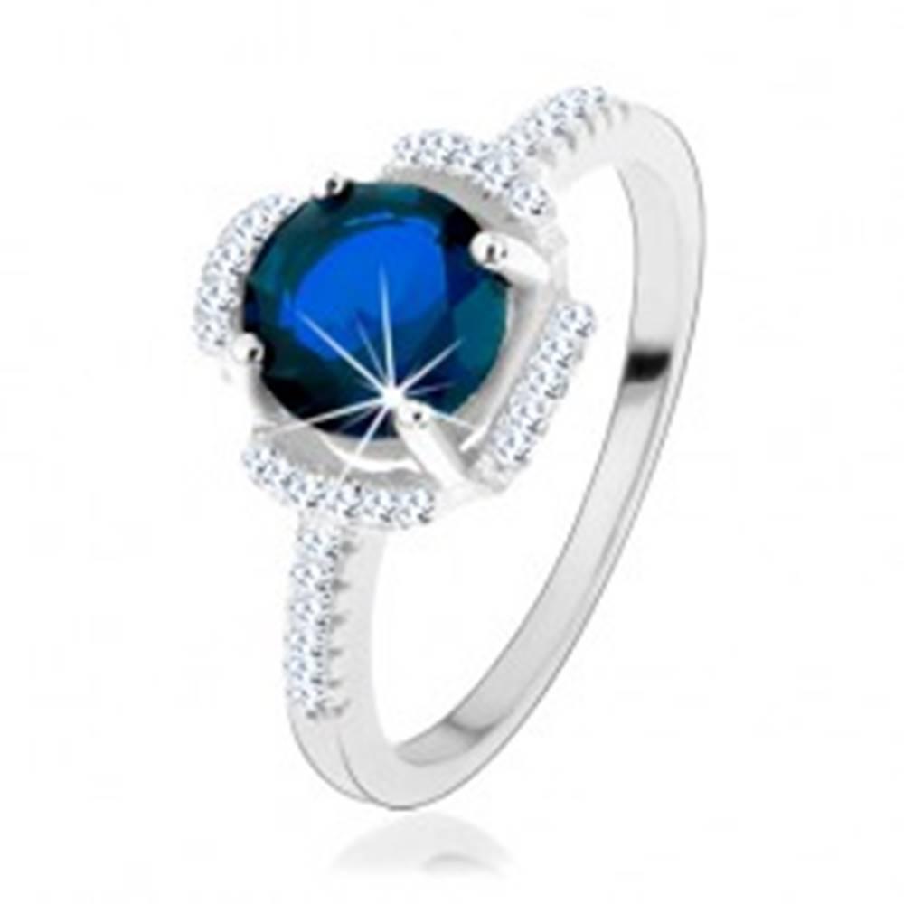 Šperky eshop Zásnubný prsteň, striebro 925, modrý kvietok, lupene z čírych zirkónikov - Veľkosť: 49 mm