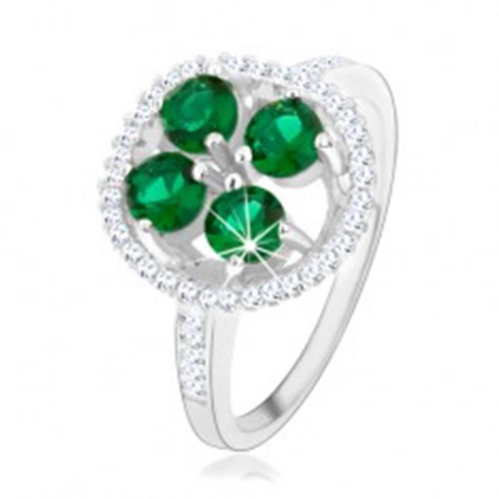 Šperky eshop Zásnubný strieborný prsteň 925, okrúhly ligotavý kvet, zelené zirkóny - Veľkosť: 49 mm