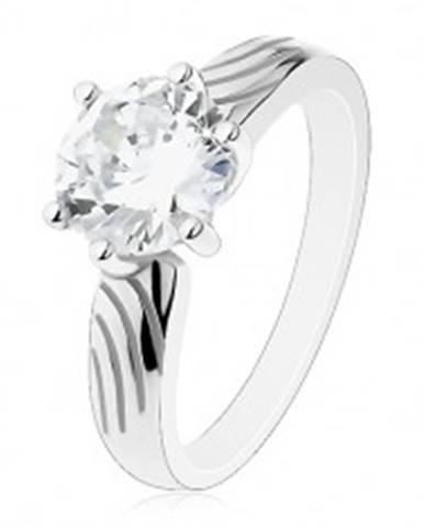 Strieborný prsteň 925, veľký okrúhly zirkón čírej farby, zárezy na ramenách J11.01 - Veľkosť: 50 mm