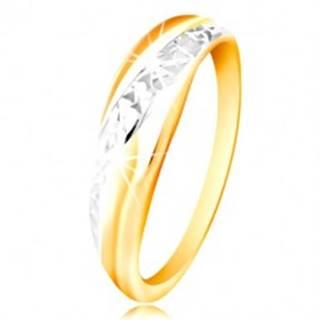 Prsteň zo zlata 585 - línie z bieleho a žltého zlata, ligotavý brúsený povrch - Veľkosť: 48 mm