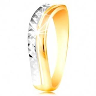 Zlatý prsteň 585 - vlnka z bieleho a žltého zlata, ligotavý brúsený povrch - Veľkosť: 49 mm